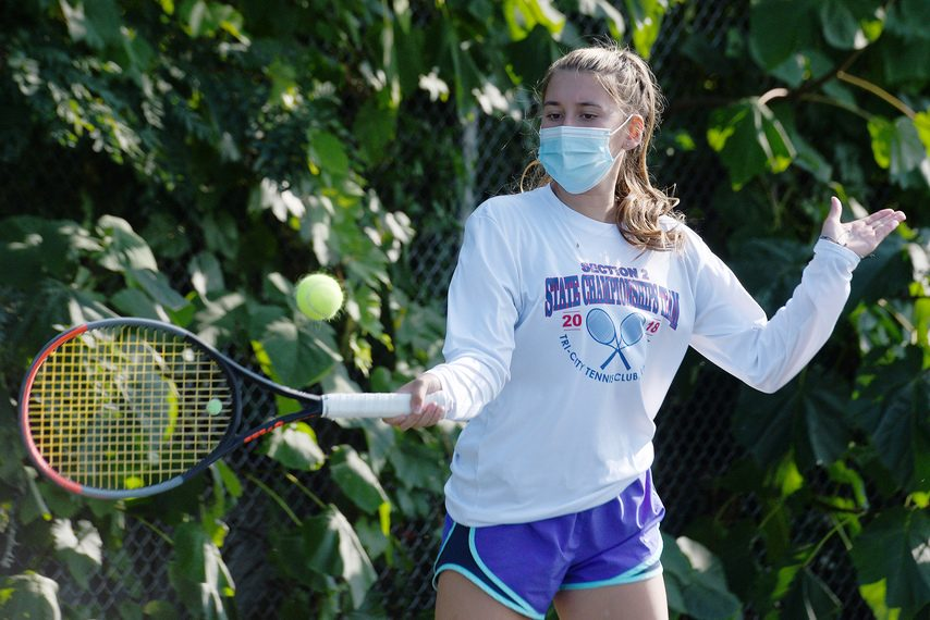 Schenectady/Mohonasen tennis player Loren Cuomo practices on Sept. 21. (Erica Miller/Staff Photographer)