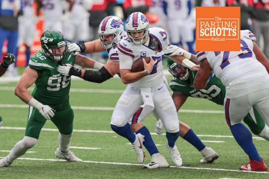Vincent Carchietta/USA TODAY SportBuffalo Bills quarterback Josh Allen carries the ball as New York Jets defensive end Henry Anderson (96) and defensive tackle Quinnen Williams during the second half last Sunday at MetLife Stadium.