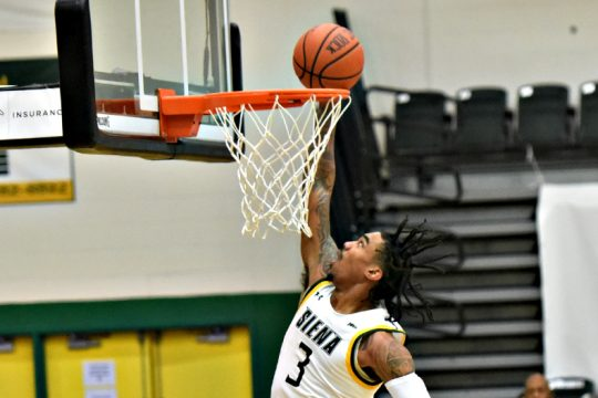 Siena's Manny Camper dunks during Sunday's game in Loudonville. (Stan Hudy)