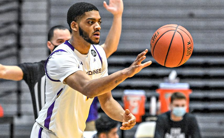 UAlbany men's basketball's Jarvis Doles is shown during last Saturday's game. (Bob Mayberger/UAlbany Athletics)