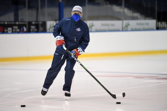 MICHELINE VELUVOLU/ROCHESTER AMERICANSFormer RPI head coach Seth Appert conducts practice during the AHL Rochester Americans training camp.