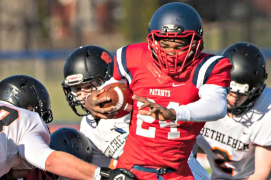 Schenectady's Damire Smith helped sparked Schenectady to a win Saturday against Bethlehem.