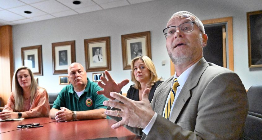 Niskayuna school Superintendent Cosimo Tangorra, Jr., right, is pictured with board members, from left, Kim Tully, Brian Backus and Rosemarie Perez Jaquith in this Gazette file photo.