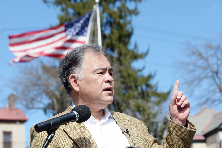 Ron Kim announces his candidacy for mayor of Saratoga Springs on April 7.