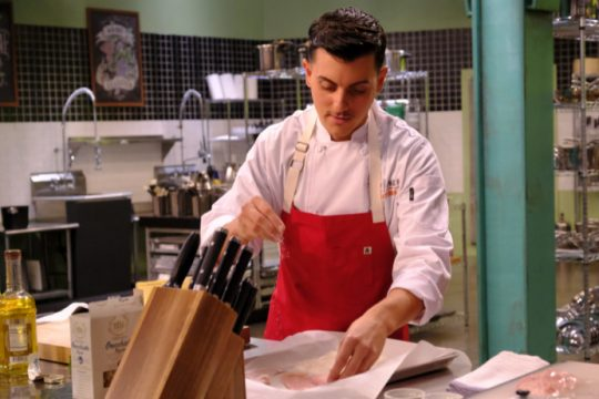 """Steve DeCarlo on the set of """"Top Chef Amateurs,"""" filmed last fall and airing on Bravo this week. (David Moir/Bravo)"""