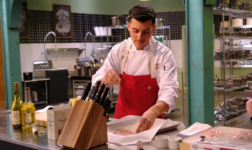 Steve DeCarlo on the set of Top Chef Amateurs, filmedFall 2020 and aired on Bravo July 22. (DAVID MOIR/BRAVO)