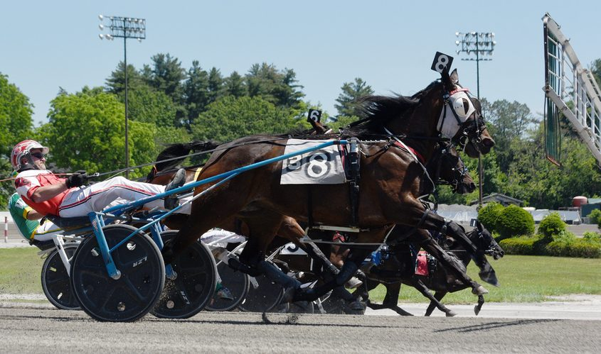 A harness race begins in June 2020 at Saratoga Casino and Raceway in Saratoga Springs, where Warren DeSantis was a crucial figure from 1986 to 1996 as racing secretary and then general manager.