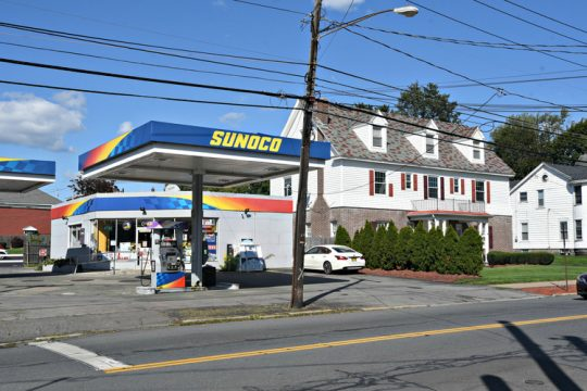 A new Stewart's Shop with gas pumps is being proposed at the site of this Sunoco gas station and the adjacent Jones Funeral Home at 1501 and 1503 Union St. in Schenectady.