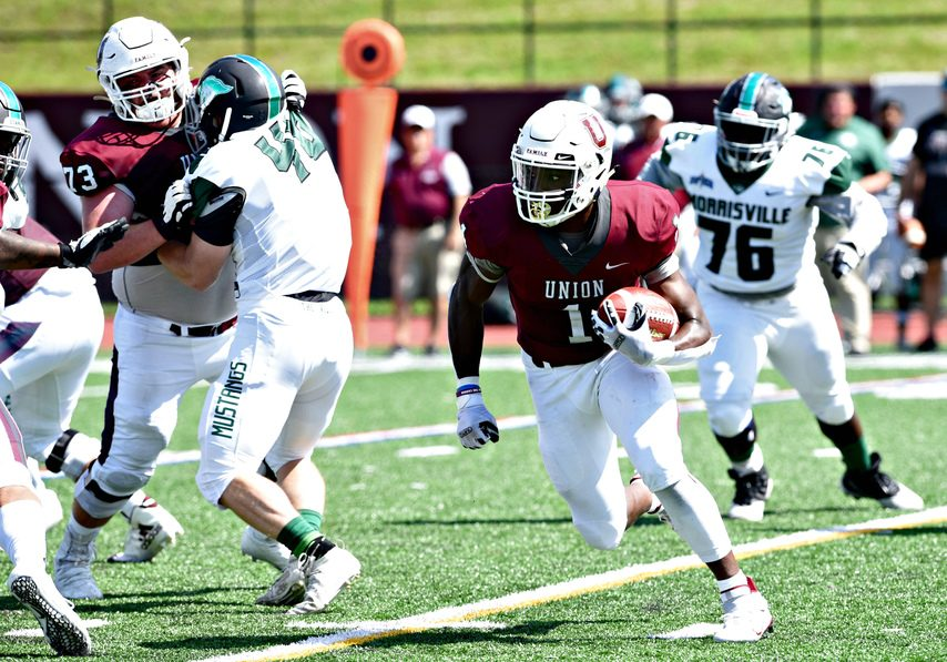 Union College running back Ike Irabor turns upfield during the team's home opener versus SUNY Morrisville in Schenectady, Sept. 4, 2021.