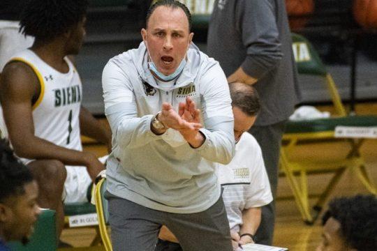 Head coach Carmen Maciariello's Siena men's basketball team will play an exhibition against Saint Rose on Oct. 25.