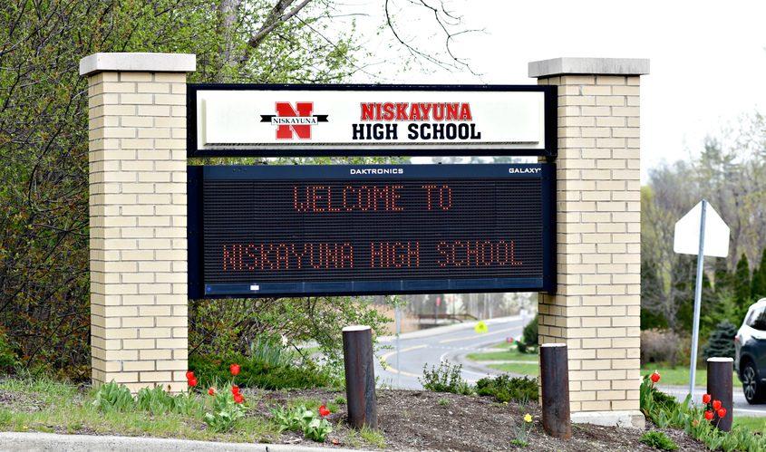 Niskayuna High School entrance at Nott Street East.